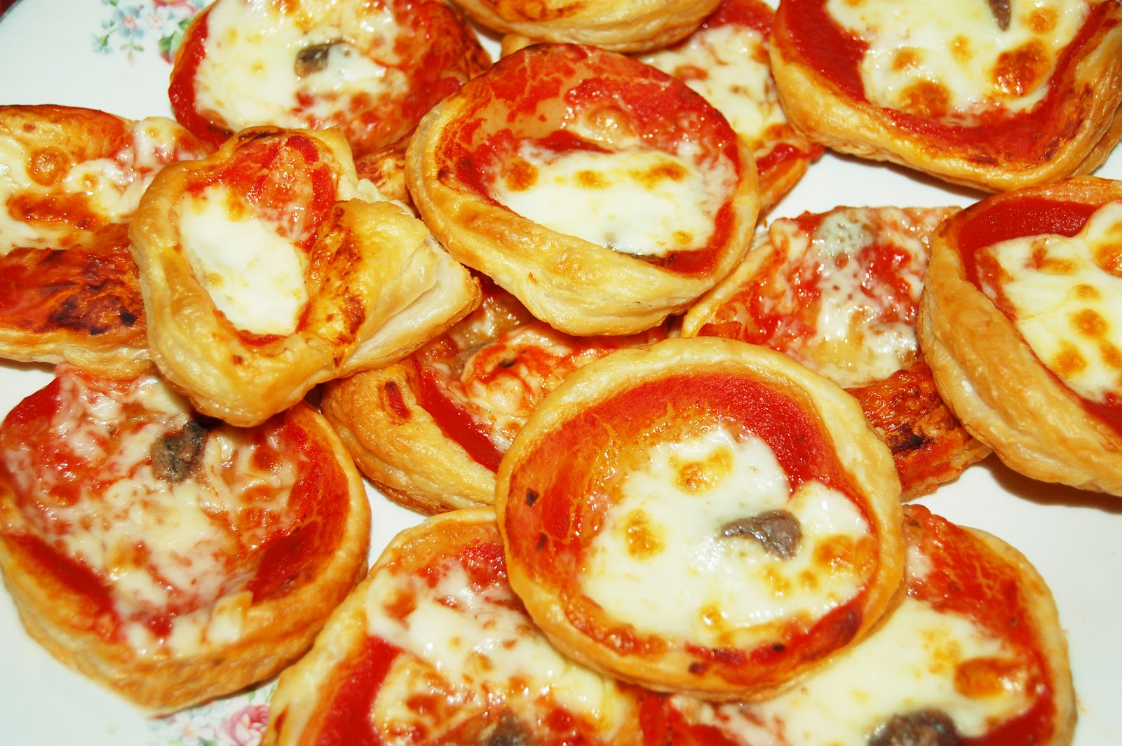 Ricetta Pasta Sfoglia - La Ricetta di GialloZafferano